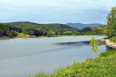 Anglers' favourite destination is the fishing lake made by the swelling of the Szoros Stream