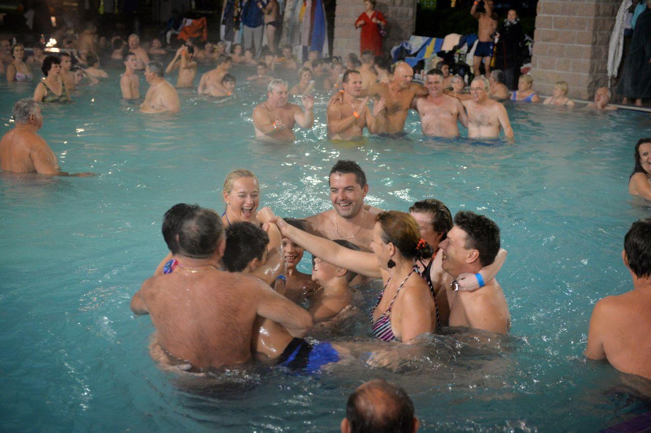 Bal basenowy z okazji Dnia Świętego Marcina