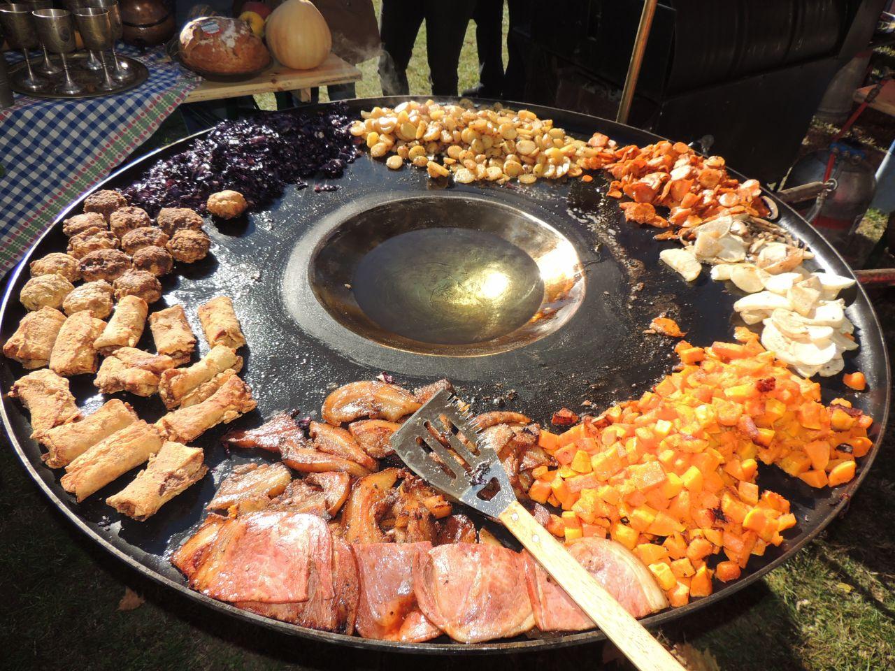Festiwal Potraw Przygotowanych na Tarczach